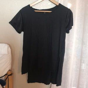 Black Forever 21 high-low tee shirt
